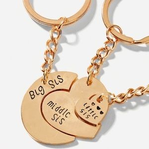 Just in! 3 pc sisters keychain set